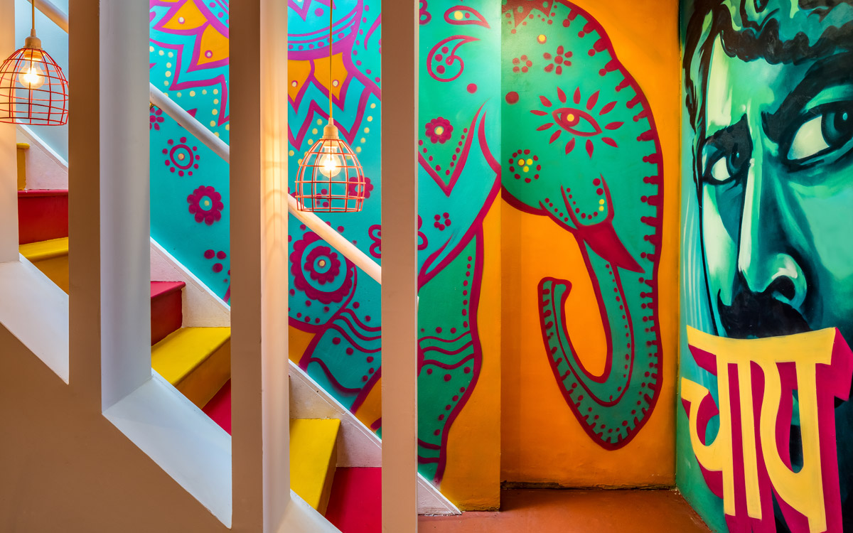 CHIT CHAAT CHAI WANDSWORTH RESTAURANT MURAL & DESIGN OF AN ELEPHANT BY PAINTSHOP STUDIO