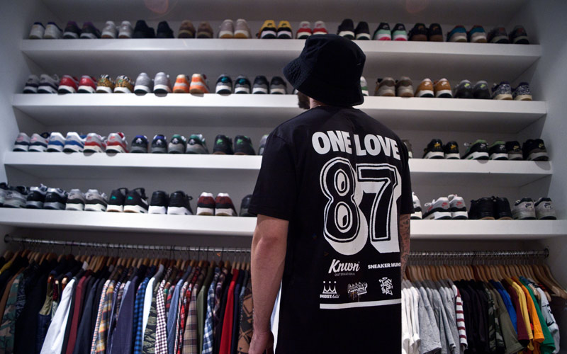 NIKE AIR MAX 1 X KNOWN ONE LOVE TEESHIRT DESIGN PAINTSHOP