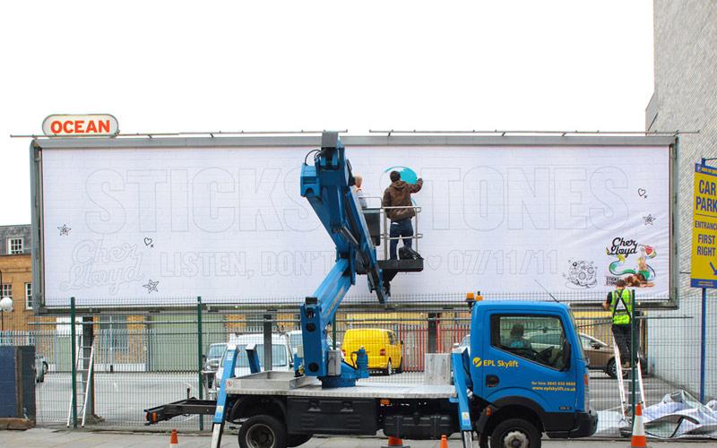CHER LLOYD ALBUM GRAFFITI BILLBOARD LONDON SHOREDITCH OOH ADVERTISING PAINTSHOP